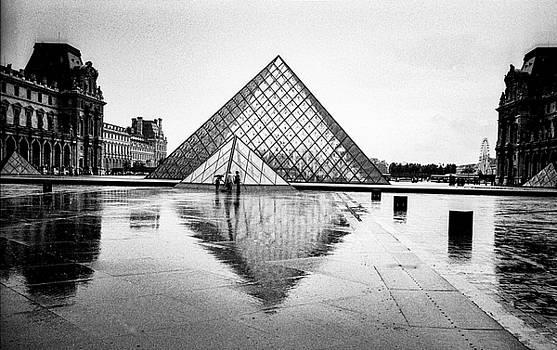 Cyril Jayant - Paris Place Du Louvre.