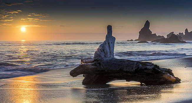 Pinnacles by Eric Thomson