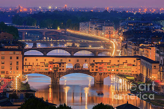 Ponte Vecchio after sunset by Henk Meijer Photography