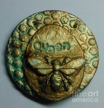 Queen Bee pendant 2 by M Brandl