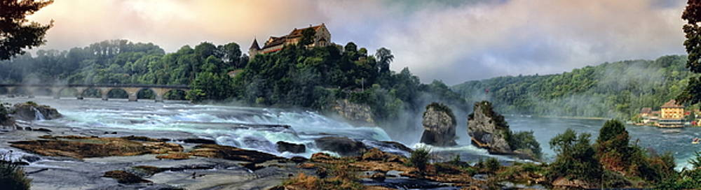 Elenarts - Elena Duvernay photo - Rhinefalls, Switzerland