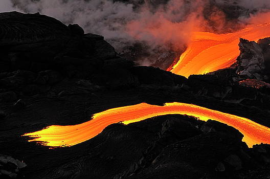 Sami Sarkis - River of molten lava flowing to the sea