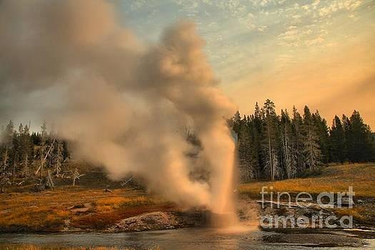 Adam Jewell - Riverside Geyser Eruption