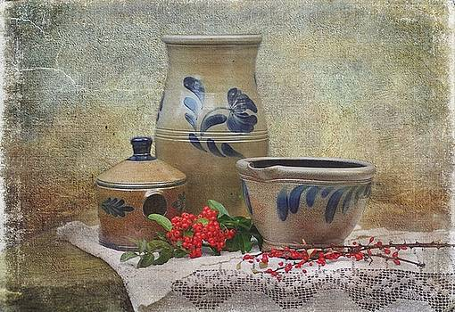 Rowe Pottery by Stephanie Calhoun