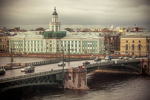 Saint Petersburg by Azad Pirayandeh