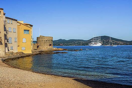 Saint Tropez by Elly De vries