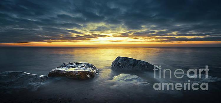 Svetlana Sewell - Seaside Rocks