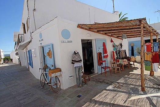 Nano Calvo - Shop in Formentera