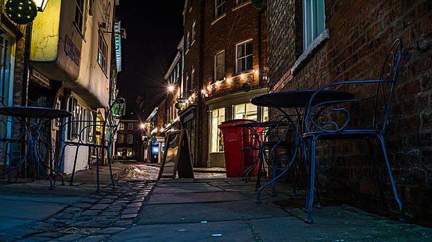Slug And Letuce Court Yard by Gemma Greaves