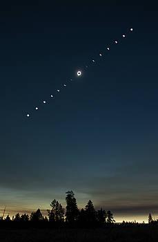 Max Waugh - Solar Eclipse Landscape