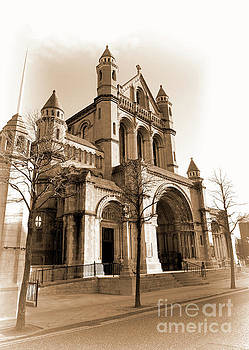 St. Anne's Cathedral, Belfast by Jim Orr