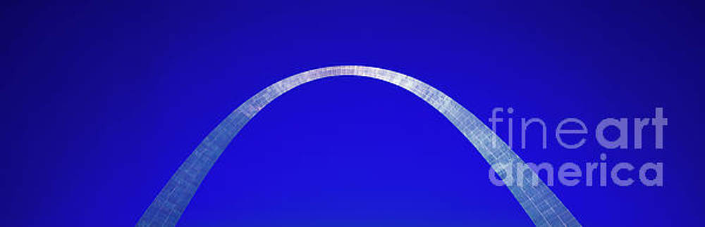 St Louis Gateway Arch  by Tom Jelen