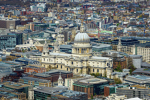 St Paul's cathedral in London by Dutourdumonde Photography