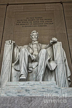 Statue Of Abraham Lincoln #10 by Julian Starks