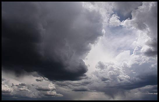 TNT Images - Storm #1 - 400021