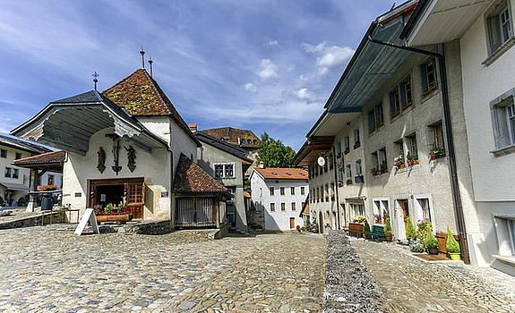 Elenarts - Elena Duvernay photo - Street in Gruyeres village, Fribourg, Switzerland