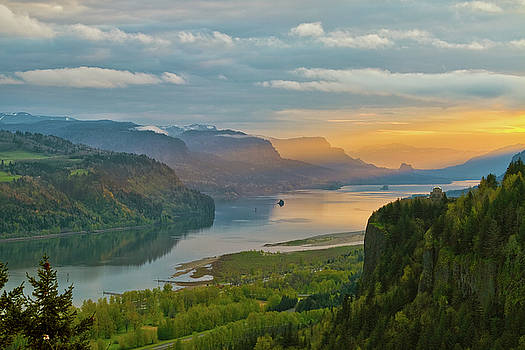 Sunrise at Columbia River Gorge by David Gn