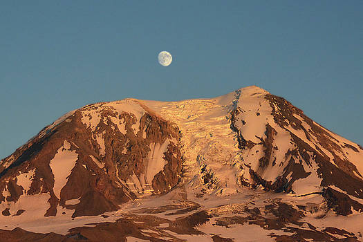 Sunset and Moonrise at Mt Adams by Jack Moskovita