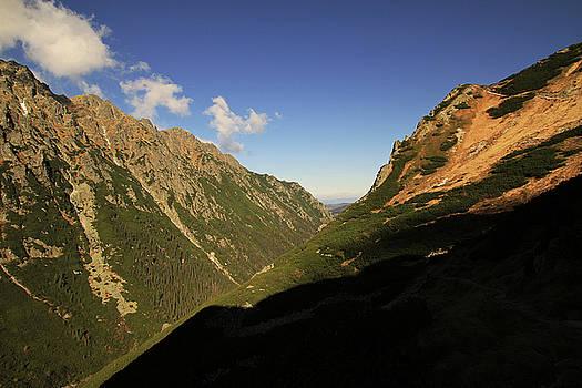 Tatry Mountains by Adam Sworszt