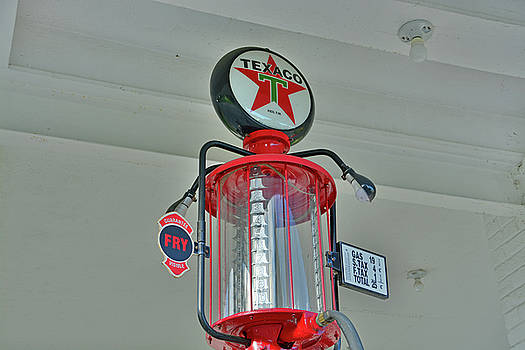 Texaco Gas Dispenser by Ben Prepelka