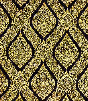 Eduardo Huelin - Thai style art of pattern on the door in temple Thailand
