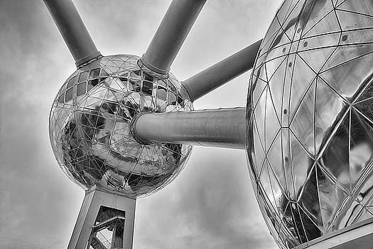 The Atomium by Youshij Yousefzadeh