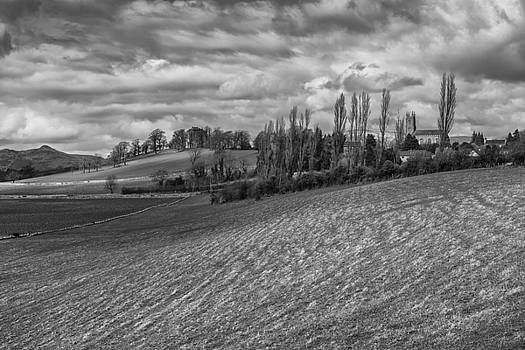 Jeremy Lavender Photography - The Church and the Tower of Clackmannan Town