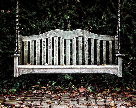 Lisa Russo - The Garden Bench