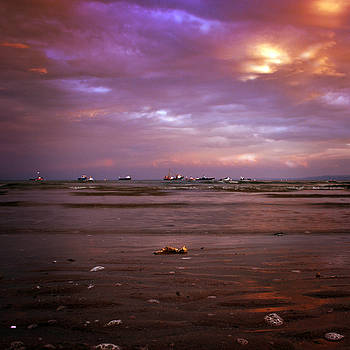 Angel  Tarantella - the low tide