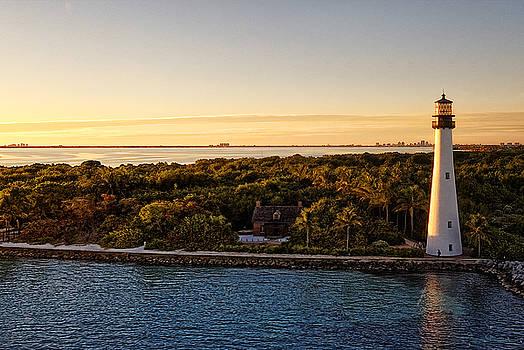 The Miami Lighthouse by Lars Lentz