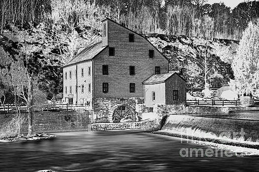 The Old Mill by Arnie Goldstein