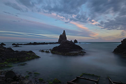 The reef of the cape sirens at sunset by Vicen Photography