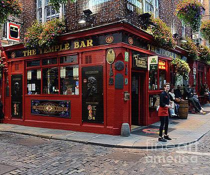 The Temple Bar, Dublin by Tom Wurl