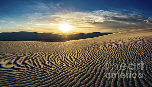Jamie Pham - The unique and beautiful White Sands National Monument in New Me