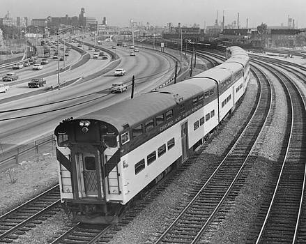 Train Near Expressway at North Avenue - 1961 by Chicago and North Western Historical Society