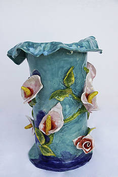 Vase Rose Calla by Itzhak Richter