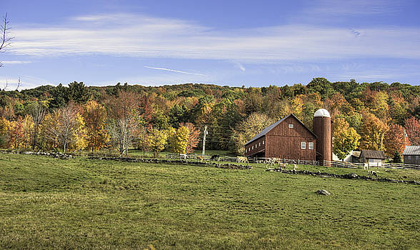 Vermont Barn by Dennis Clark