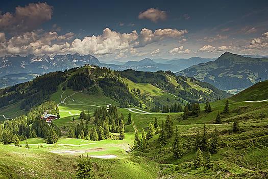 View from Hahnenkamm-Swarzkogel Trek by Aivar Mikko