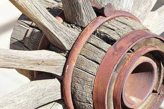 Wagon Wheel by Larry Holt