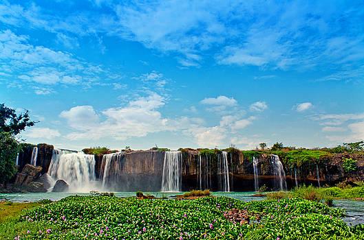 waterfalls Draynur by Tran Minh Quan