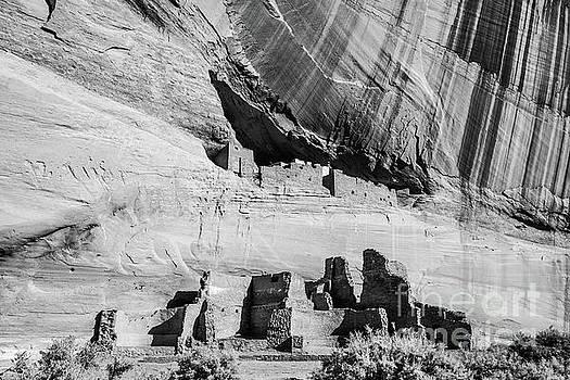 White House Ruins - Canyon De Chelly - Arizona by Gary Whitton