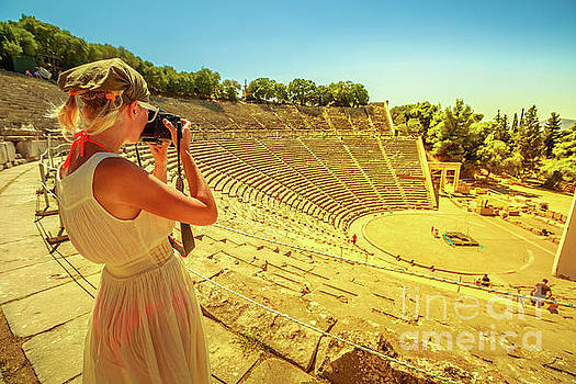 Woman photographer in Europe by Benny Marty