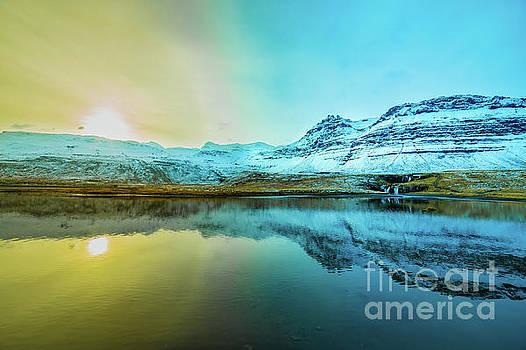 Iceland by Mariusz Czajkowski