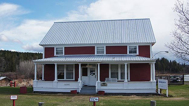 108 Mile Road House by Robert Braley