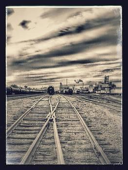 10th St tracks. by Dustin Soph