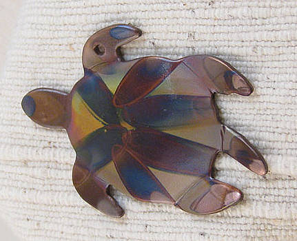 Dianne Brooks - 1355 Sea Turtle Harnessed, pendant
