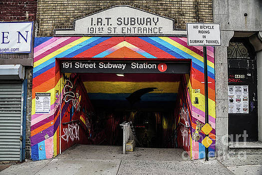 191st Street IRT by Cole Thompson