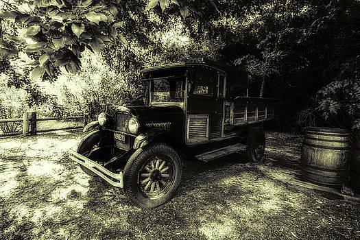 1925 Chevrolet Truck by Alfredo Rougouski