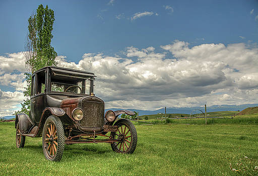 1925 Ford Model T by Constance Puttkemery