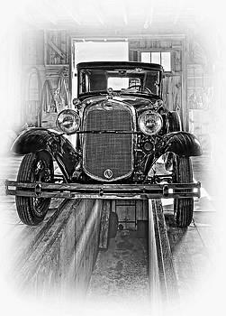 Steve Harrington - 1930 Model T Ford - Vignette bw